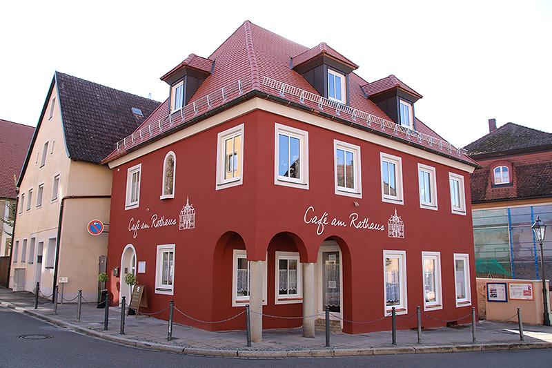 Rathaus Café in Ellingen - nachher