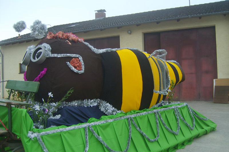 Prinzenwagen 2013 - Biene